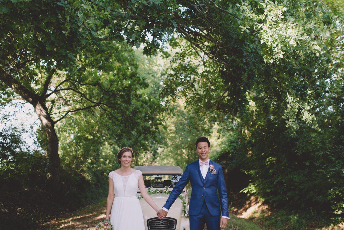 Séance couple le jour du mariage au château de la Gressiere