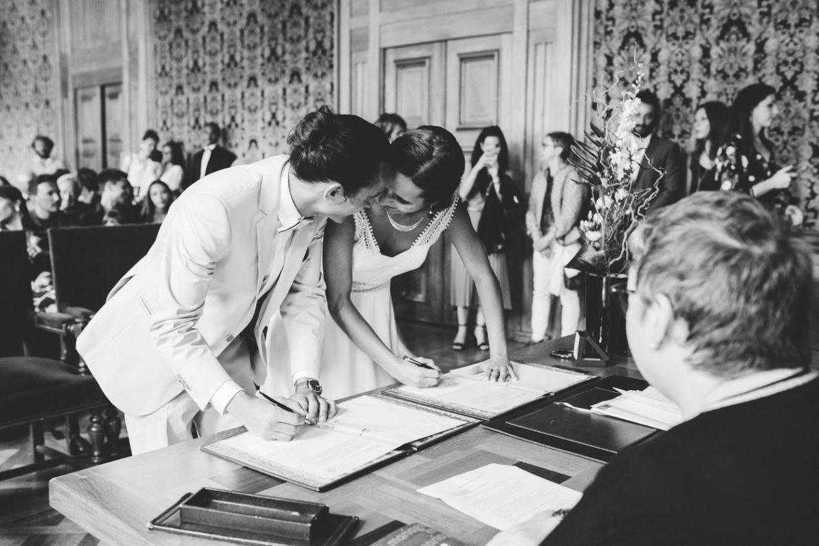 signature des registre d'un mariage